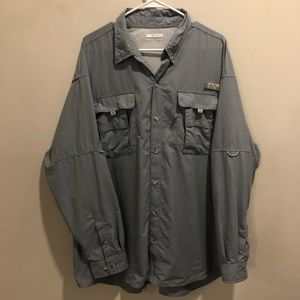 Columbia PFG Button down shirt light blue XL
